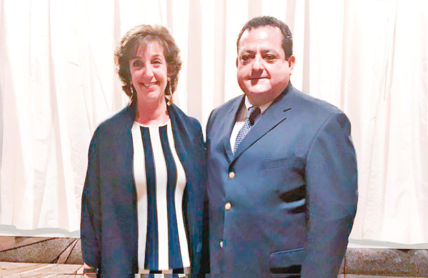 Se reunió Carlos Mendoza con embajadora de EUA
