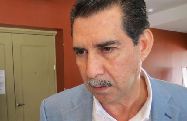 Renuncia secretario de Desarrollo Económico, Medio Ambiente y Recursos Naturales