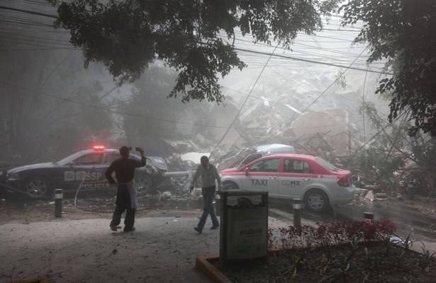 Investigarán colapso del colegio Rébsamen antes de demolerlo