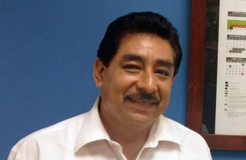 El secretario de Educación Pública de BCS, Héctor Jiménez Márquez, aclara que esta actividad fue promovida a iniciativa de la directora del plantel. / El Sudcaliforniano
