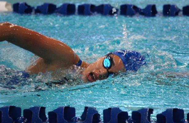 Los nadadores buscarán dar los tiempos para estar en las competencias nacionales del próximo año. (Archivo) / El Sudcaliforniano