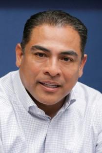 Arturo De La Rosa Escalante.