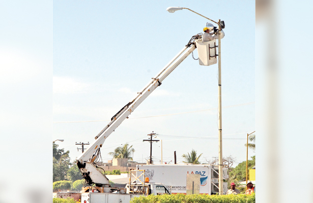 Instalarán 2,143 lámparas en La Paz