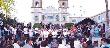 Arturo de la Rosa inauguró las Fiestas Tradicionales San José 2018