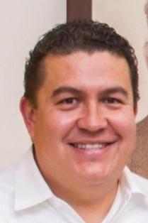 Gustavo R. Cruz Chávez.