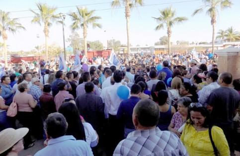 Se reunió una gran cantidad de simpatizantes. Raúl Villalobos / El Sudcaliforniano
