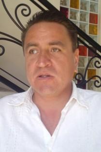 ADRIÁN ESPINOZA COTA.