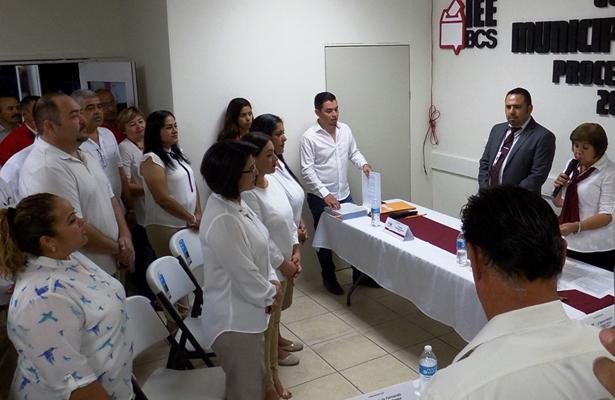 Paz Ochoa registra su candidatura a la presidencia municipal de Loreto