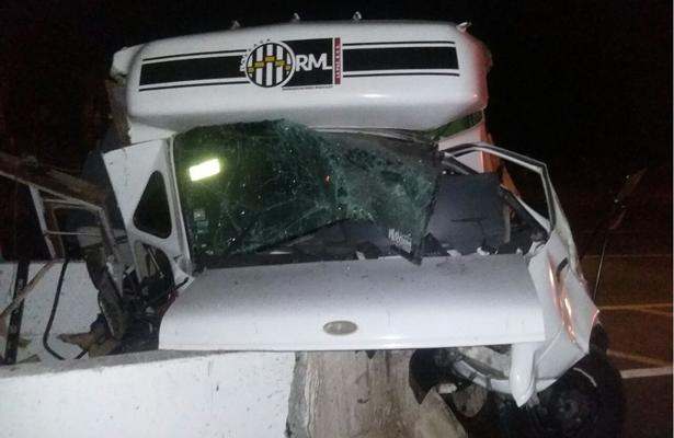 Reportan accidente carretero del grupo musical Capricho de La Paz