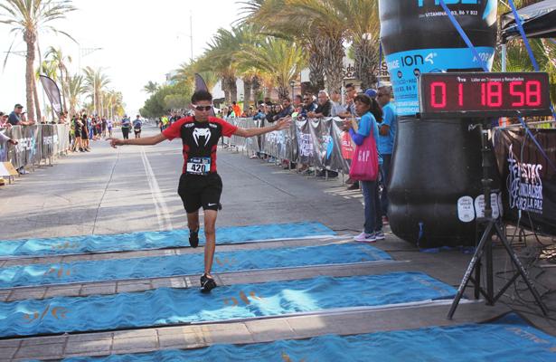 [Galería] Corren el Medio Maratón Costero La Paz 2018