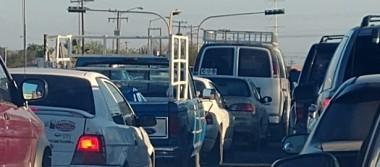 Roban cableado de semáforos en La Paz, causan caos vial