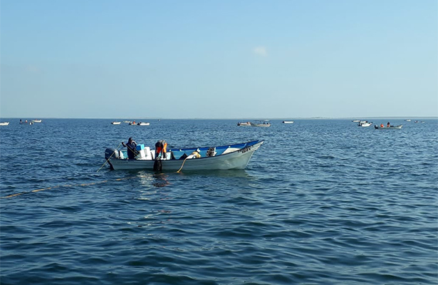 """Líderes acaparan permisos de pesca"", se quejan pescadores"