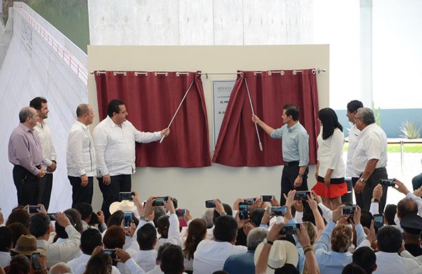 Presidente EPN entrega planta de tratamiento