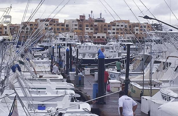 Puerto de Los Cabos abierto en caso de emergencia