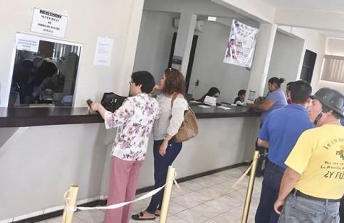Burócratas del Valle de Santo Domingo no se presentan a trabajar