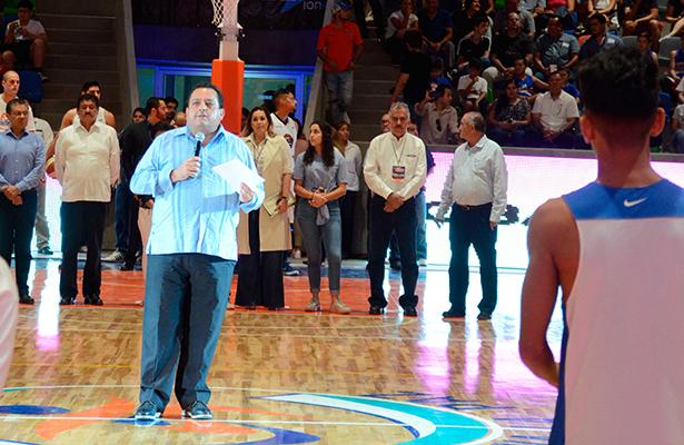 Inauguran moderna arena en La Paz