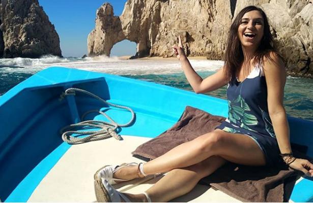 """La popular conductora Verónica Zuma """"prueba"""" Los Cabos"""