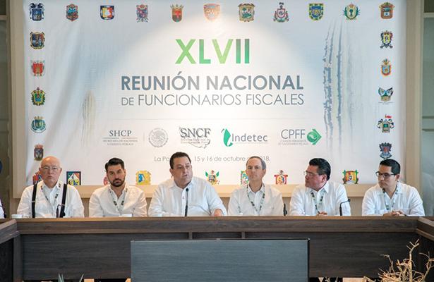 La Paz fue sede de reunión nacional de funcionarios fiscales