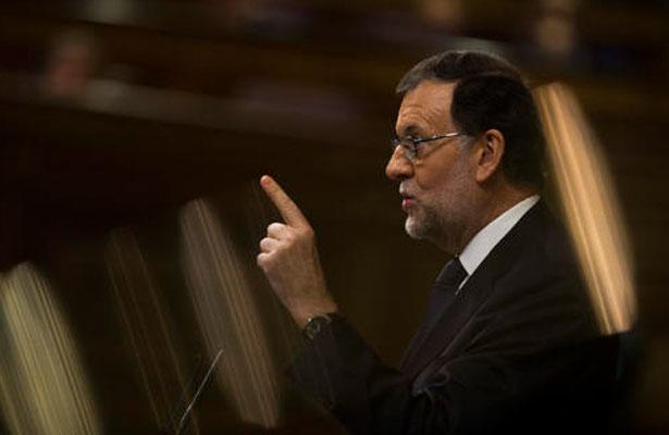 Cataluña vive situación disparatada y debe volver a legalidad: Rajoy