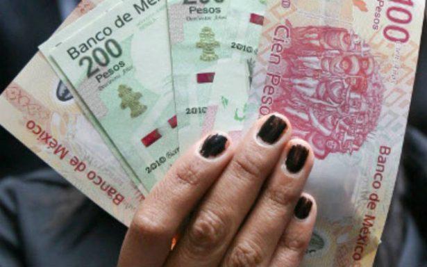 ¿En qué gastan más su salario los mexicanos?