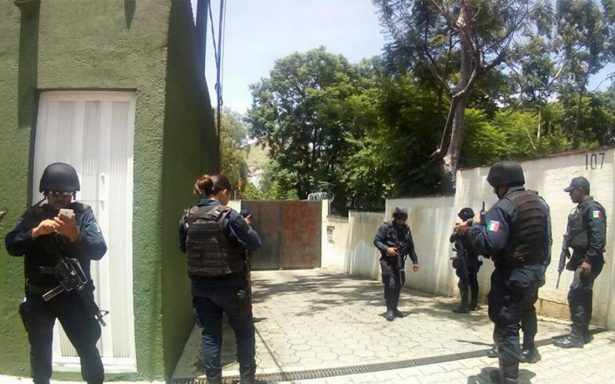 Localizan granada frente a Escuela de Medicina en Oaxaca
