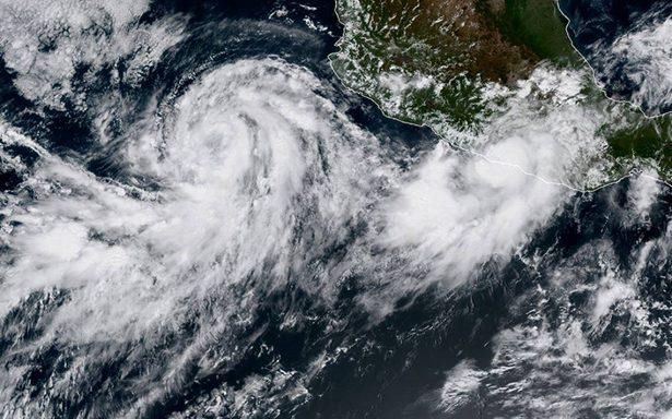 Max se debilita a tormenta tropical tras impactar en el Pacífico mexicano