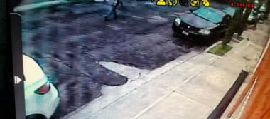 [Video] En menos de un minuto, roban camioneta en calles de la CDMX