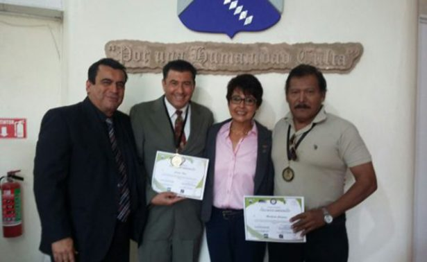 Galardonan a periodistas de la OEM en Morelos