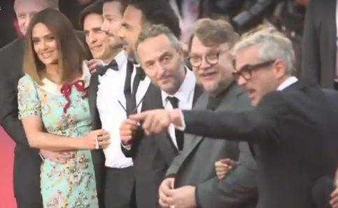 Mexicanos en Cannes con todo y mariachi
