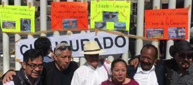 """PRD """"clausura"""" oficinas de la SCT; exige destitución de Ruiz Esparza por socavón"""
