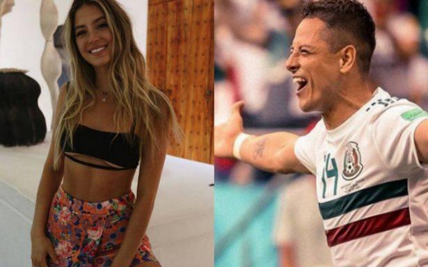 Cachan a Chicharito Hernández con hermosa modelo en Miami