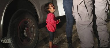 Niña migrante de la portada de Time no fue separada de su madre