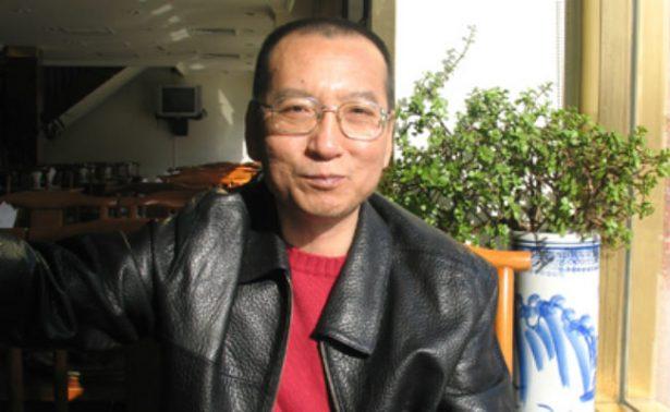 Esposa del fallecido premio Nobel de la Paz chino está libre