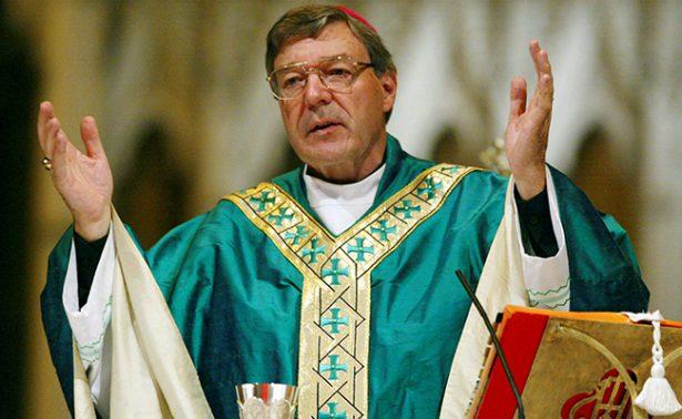Cardenal George Pell pagará siete  mil euros diarios para su defensa