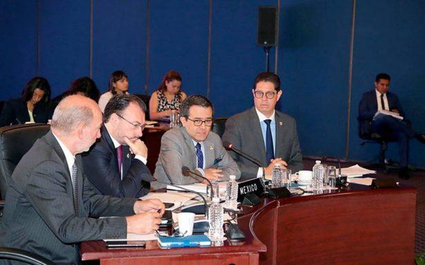 Empresarios analizan barreras al comercio en Cumbre del Pacífico