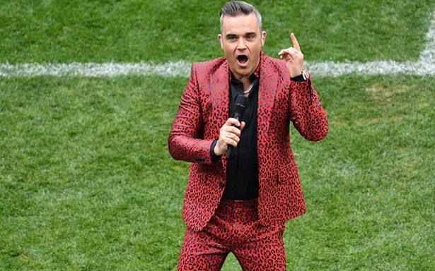"""Robbie Williams aplica la """"Britney señal"""" en plena inauguración del Mundial"""