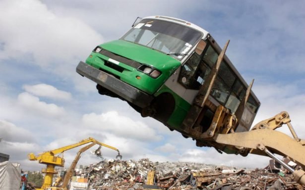 Al corralón, 234 microbuses tras operativo en Metro Toreo