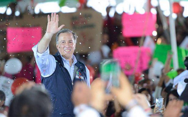 Meade promete salud a los mexiquenses fortaleciendo el seguro popular