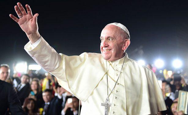 """La corrupción, """"un cáncer que desgasta nuestras vidas"""": Papa"""