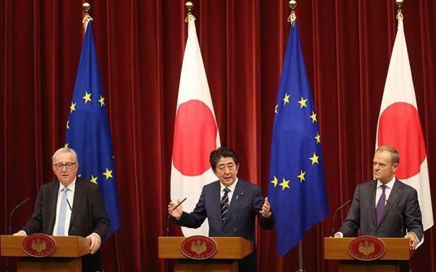 Japón y UE firman TLC en medio de preocupación por políticas Trump