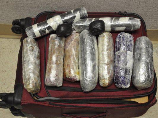 Intentaron transportar heroína como pasajeros de camión