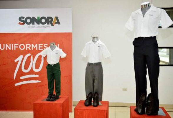 Por llegar los uniformes escolares gratuitos