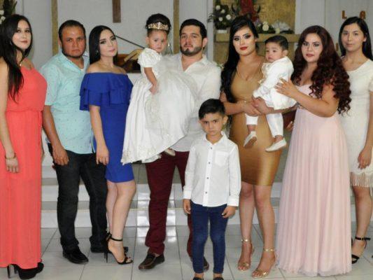 Bautizan a Tadeo y Victoria Mendoza