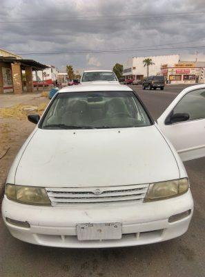 Hallan en San Luis auto robado en BC