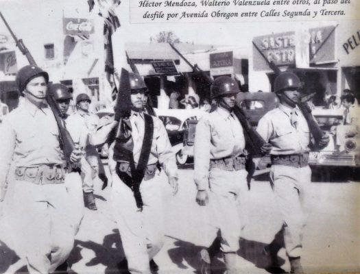 Colorido desfile de la Independencia