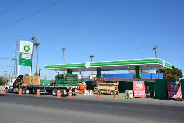 Abren primera gasolinera extranjera en San Luis