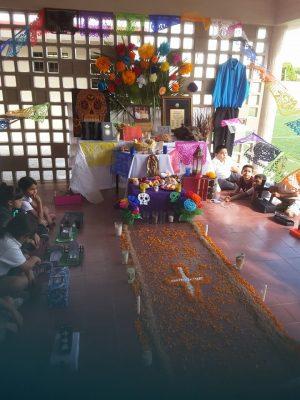 Recuerdan la vida y obra de Hermes Flores Navarro