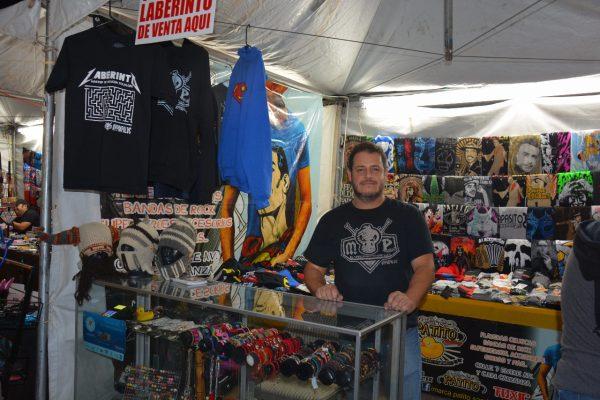 Posiciona emprendedor local su producto en la Feria del Algodón