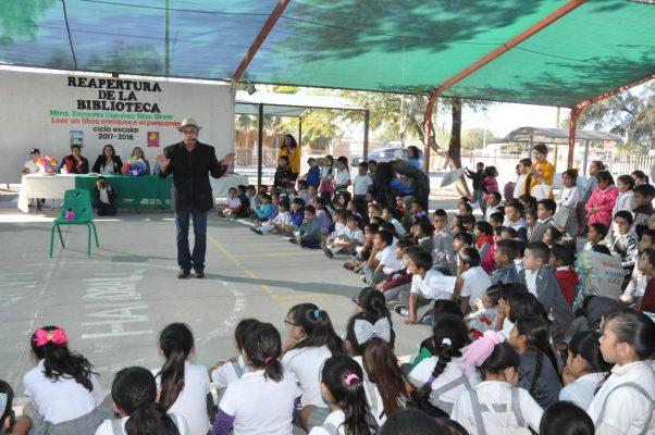 """Reabren la biblioteca escolar de la primaria """"María Mendoza Gómez"""""""