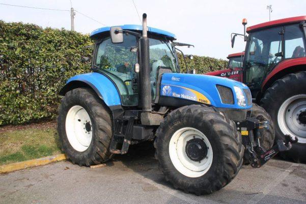 Investigan robo de tres tractores de campo en Yuma